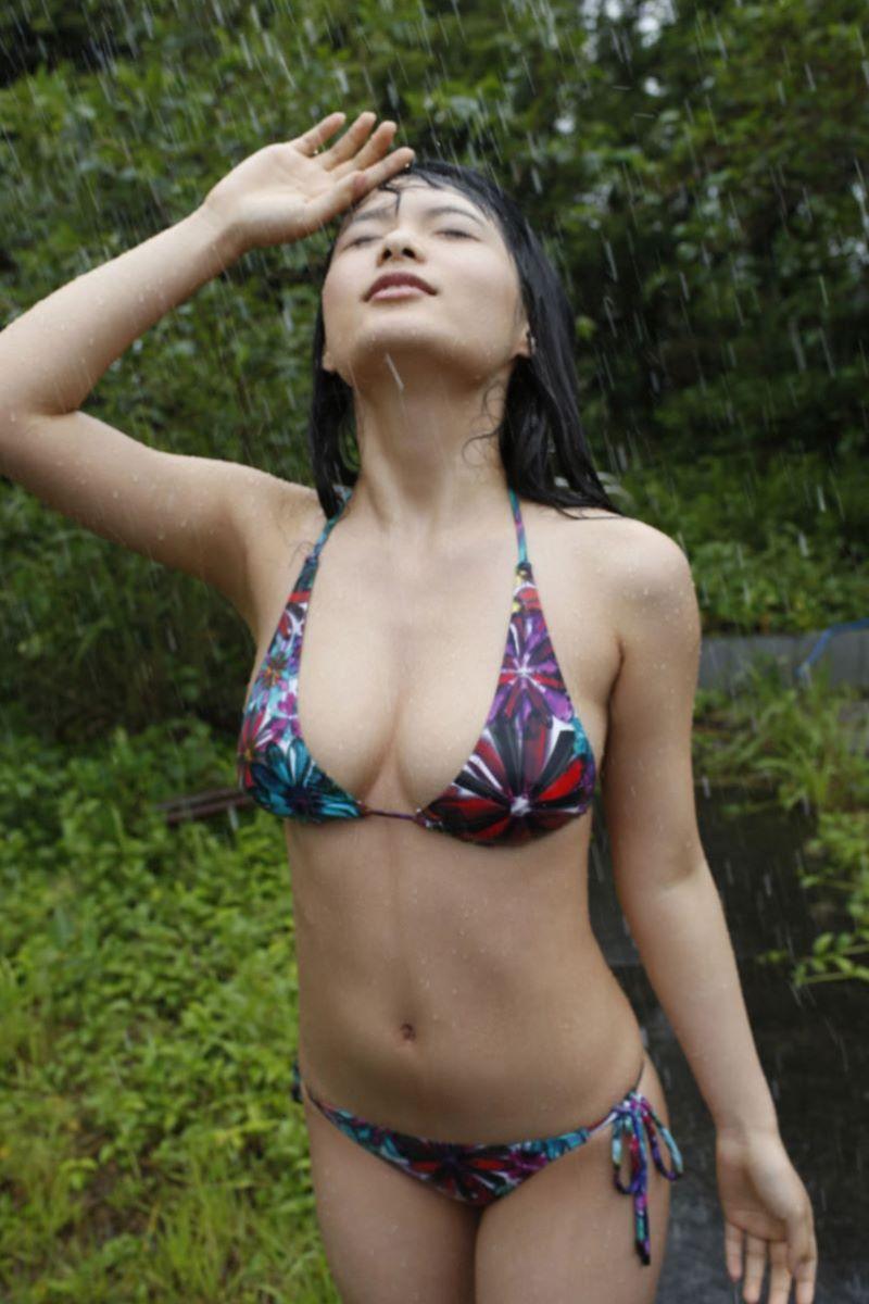 しっとりセクシーな星名美津紀の水着画像 14