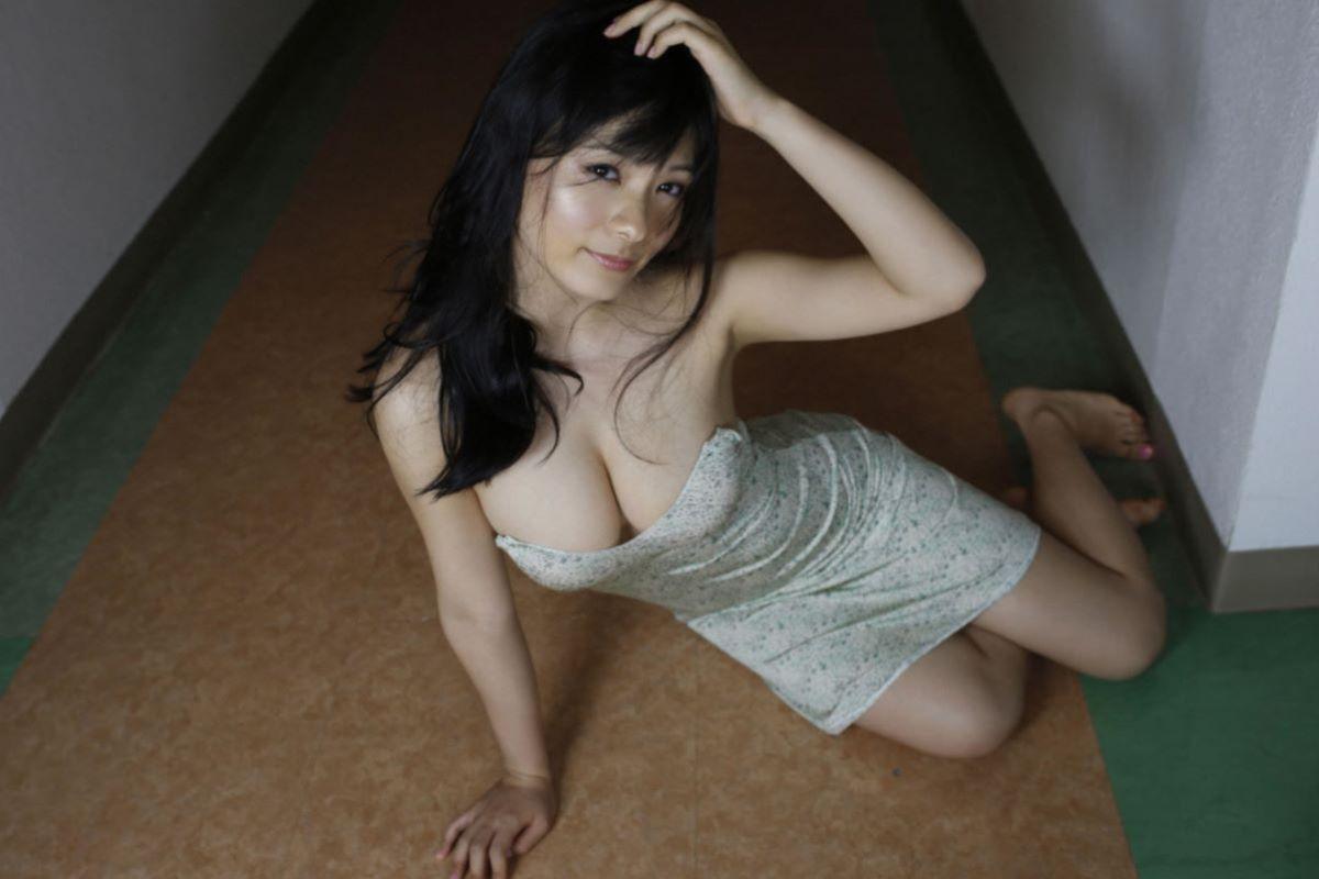 しっとりセクシーな星名美津紀の水着画像 55