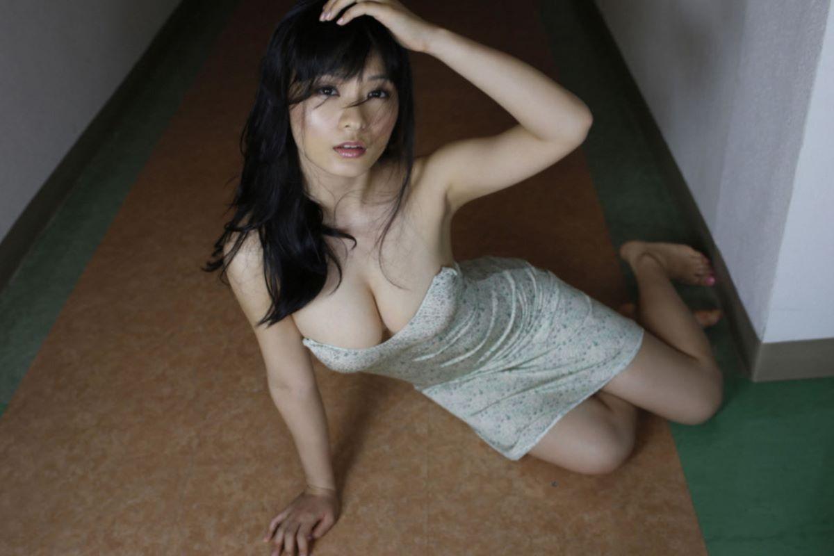しっとりセクシーな星名美津紀の水着画像 56