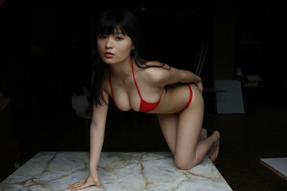 しっとりセクシーな星名美津紀の水着画像 90