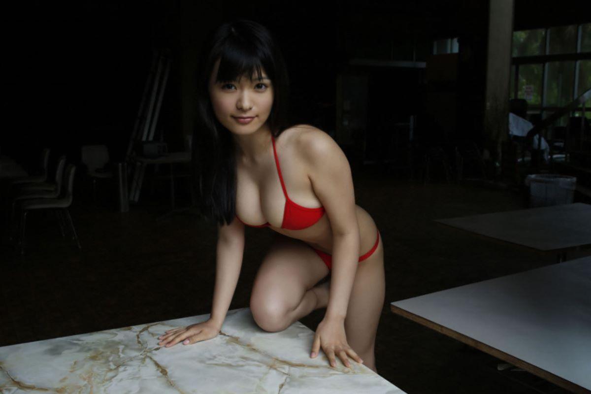しっとりセクシーな星名美津紀の水着画像 91