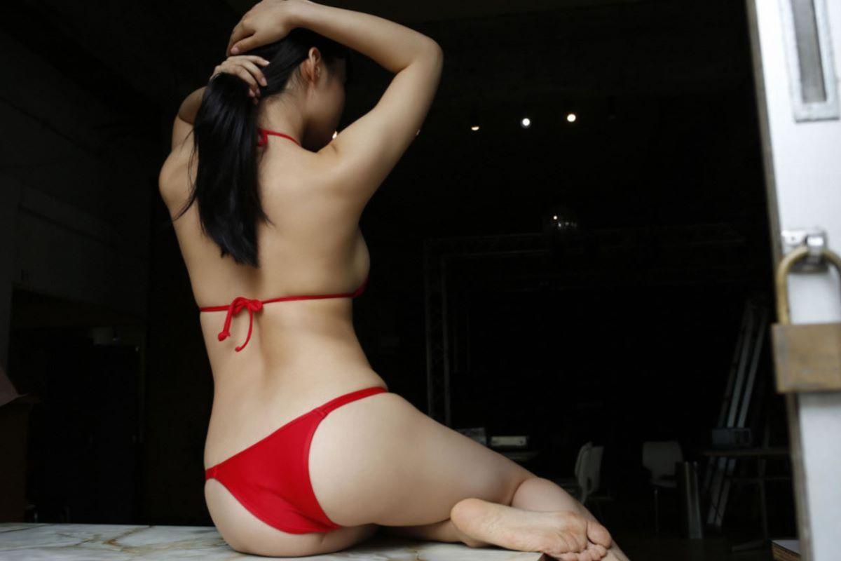 しっとりセクシーな星名美津紀の水着画像 97