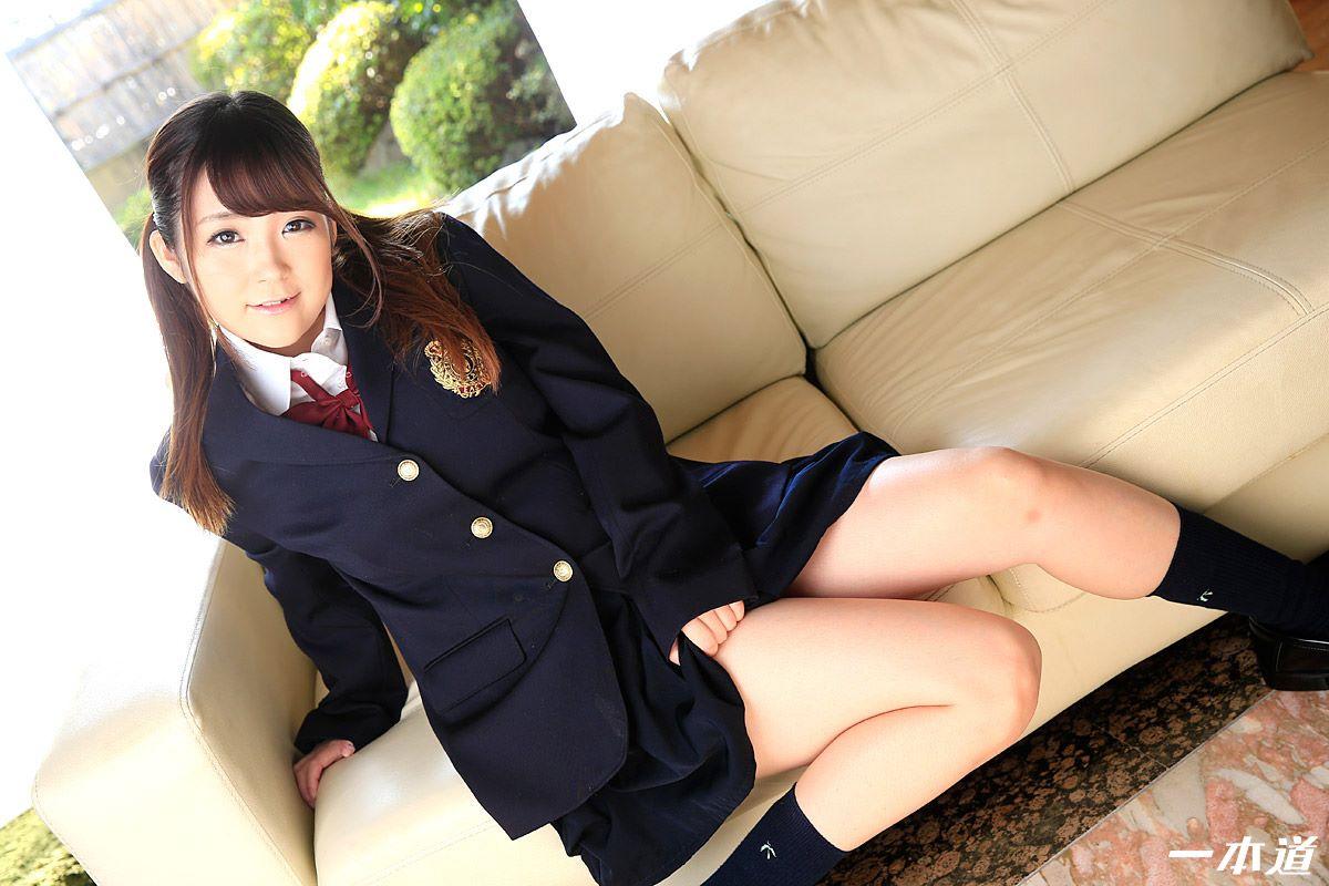 愛乃まほろ 可愛い制服少女の無修正セックス画像 4
