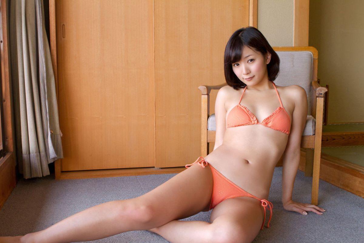 階戸瑠李 エロ画像 29