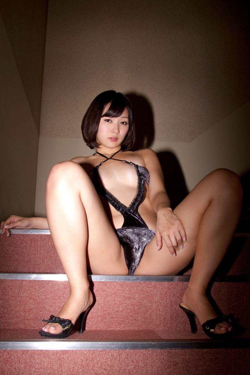階戸瑠李 エロ画像 53