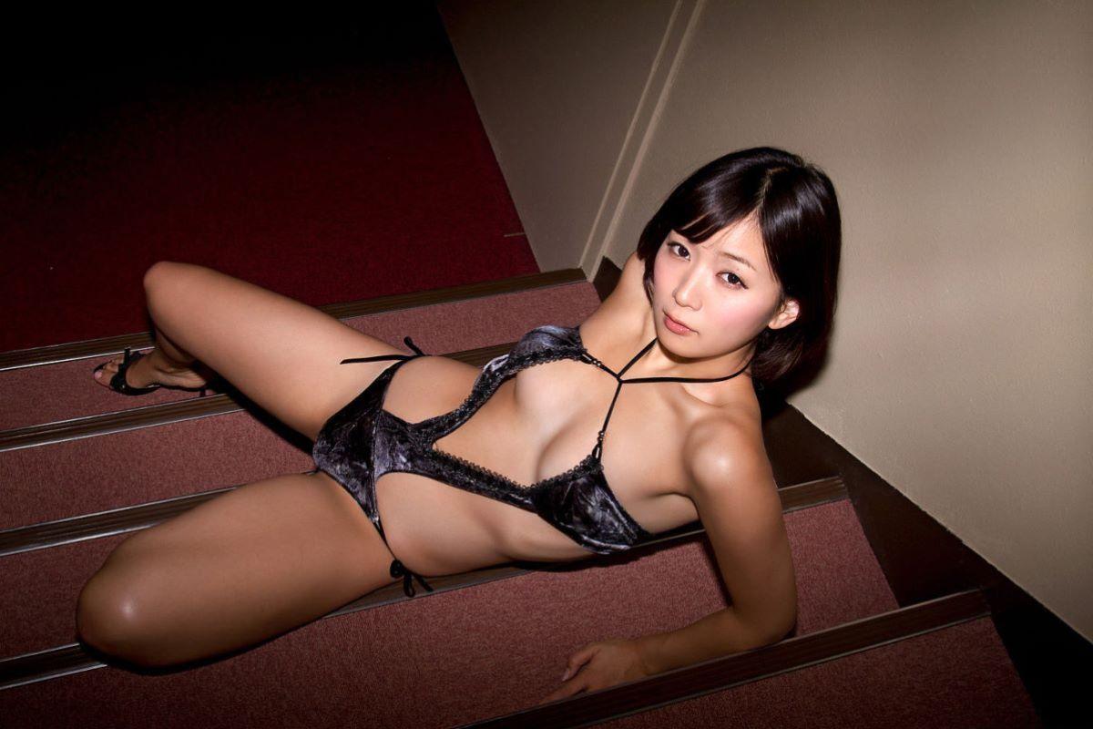 階戸瑠李 エロ画像 54