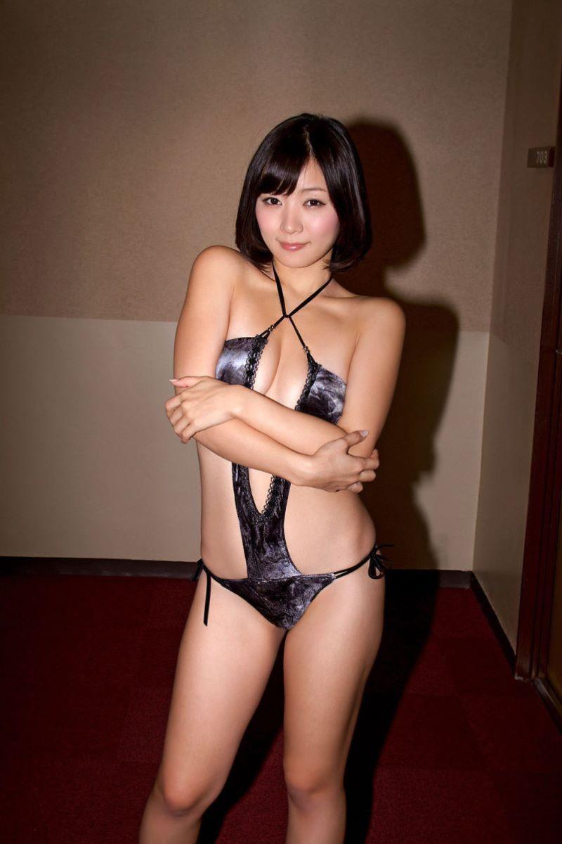 階戸瑠李 エロ画像 55