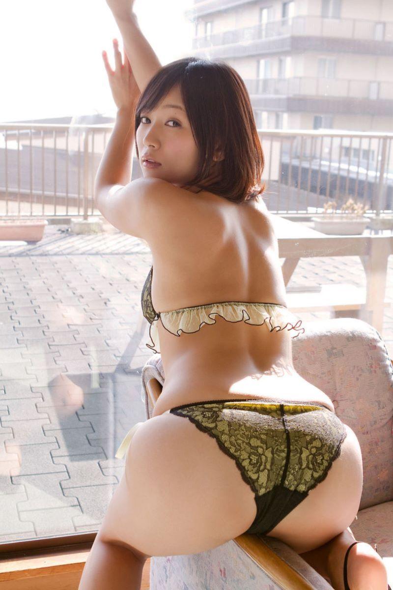 階戸瑠李 エロ画像 89
