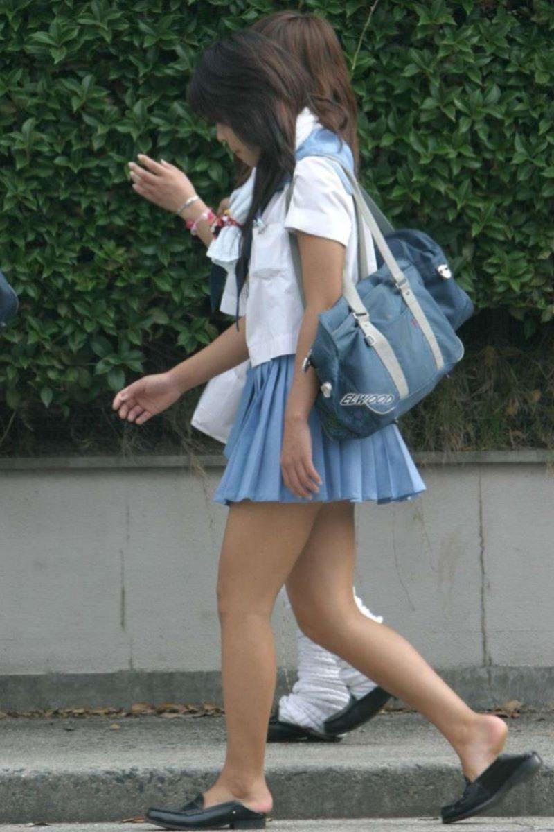 制服JK 女子高生 通学風景 画像 5