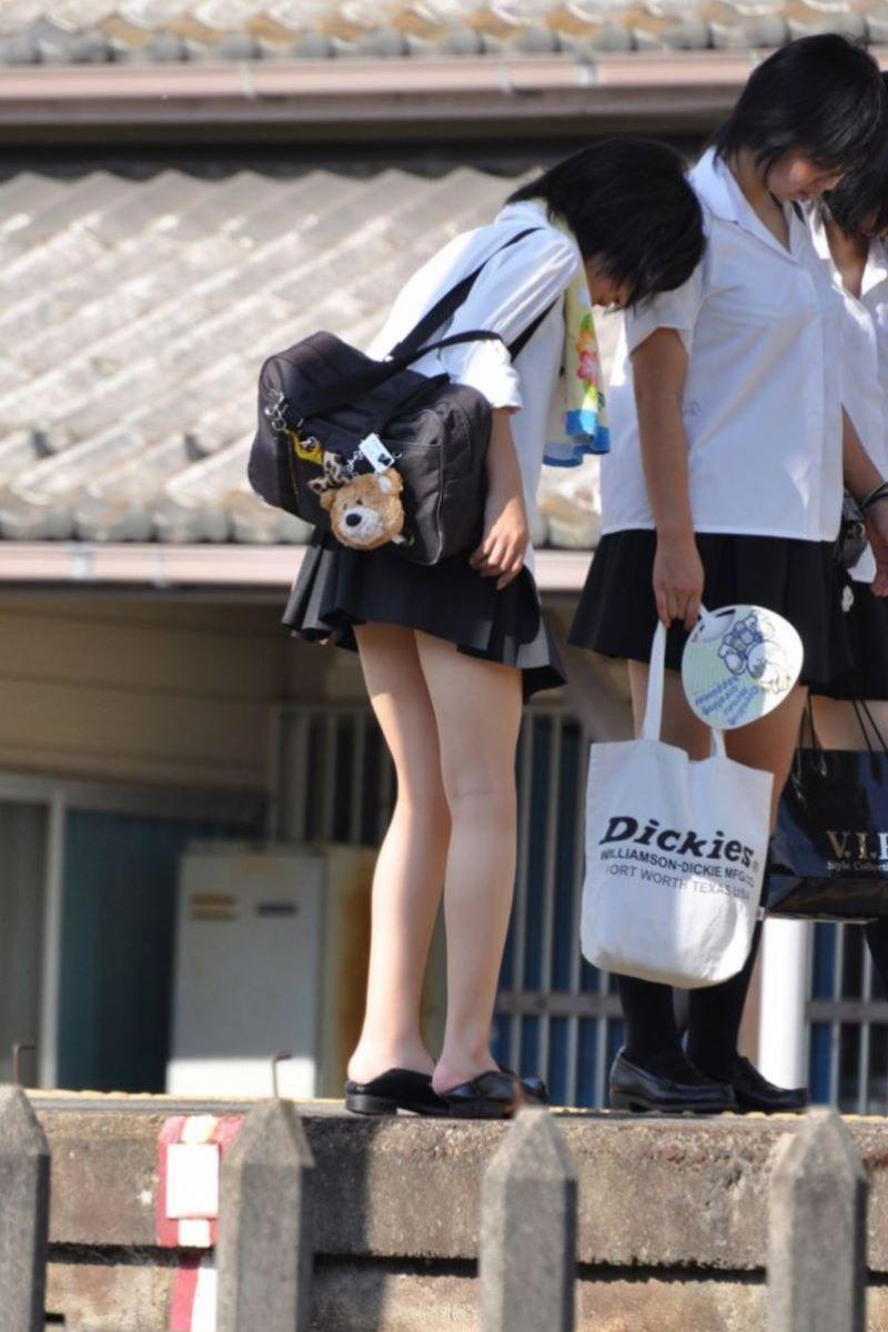 制服JK 女子高生 通学風景 画像 22