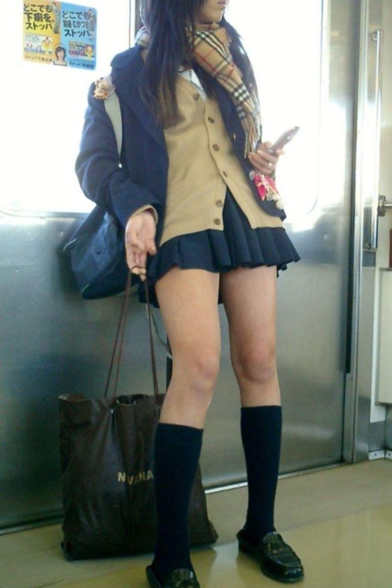 制服JK 女子高生 通学風景 画像 39