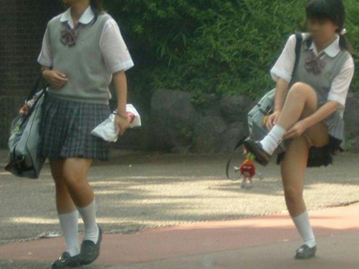 制服JK 女子高生 通学風景 画像 98