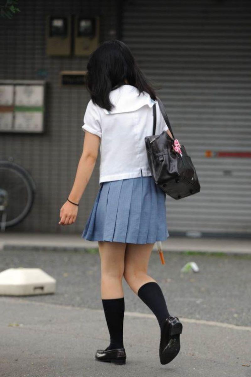 制服JK 女子高生 通学風景 画像 99