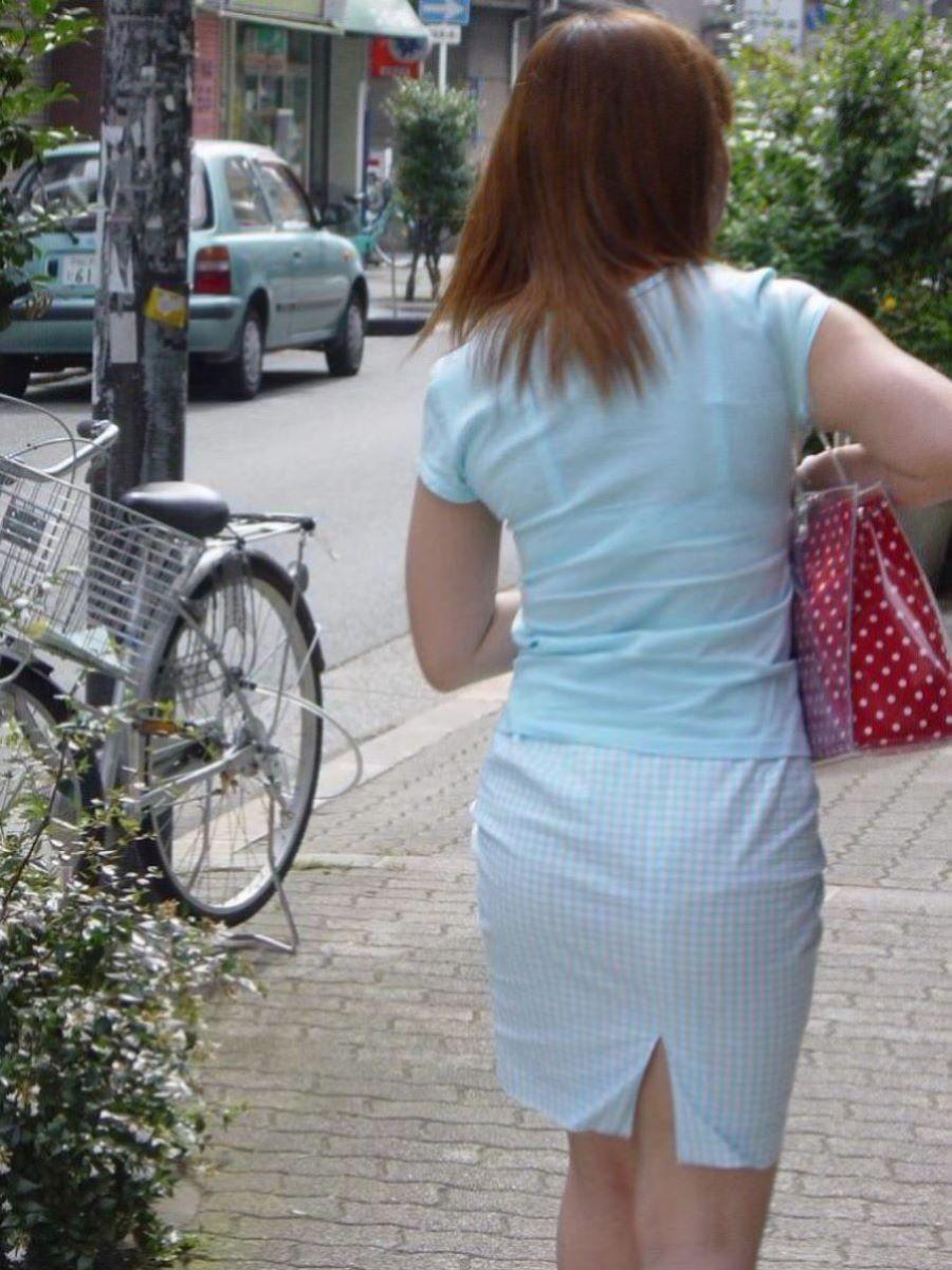 働く女性 ブラ透け画像 5
