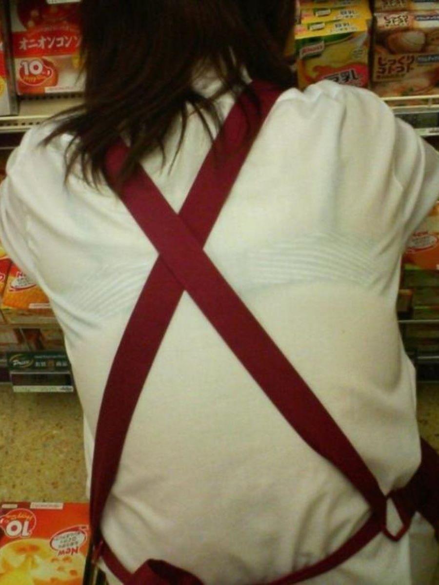 働く女性 ブラ透け画像 71