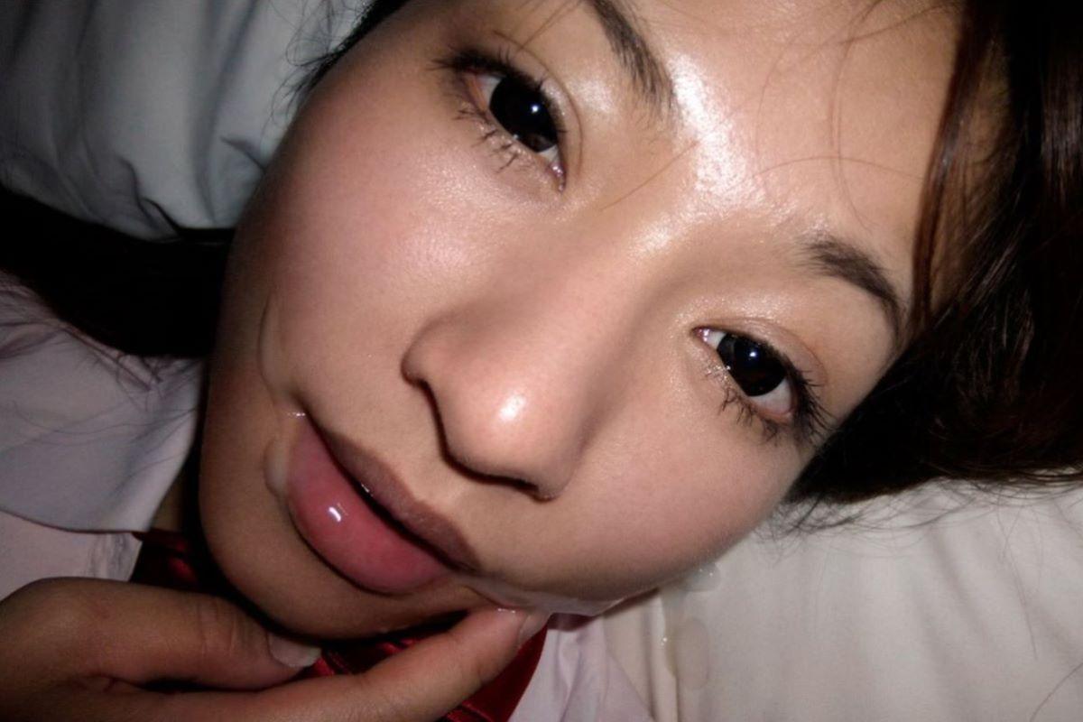 口内射精 エロ画像 21