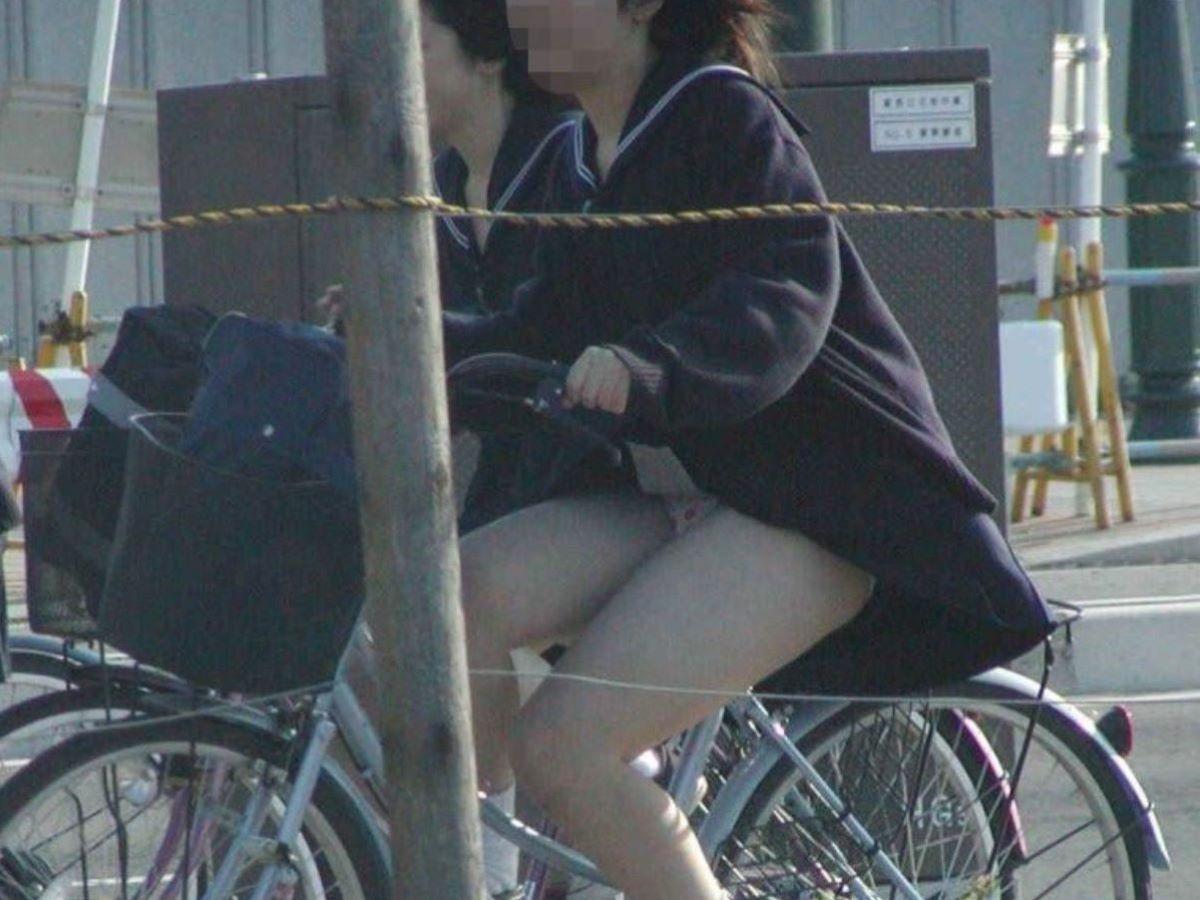 JK 自転車パンチラ画像 5