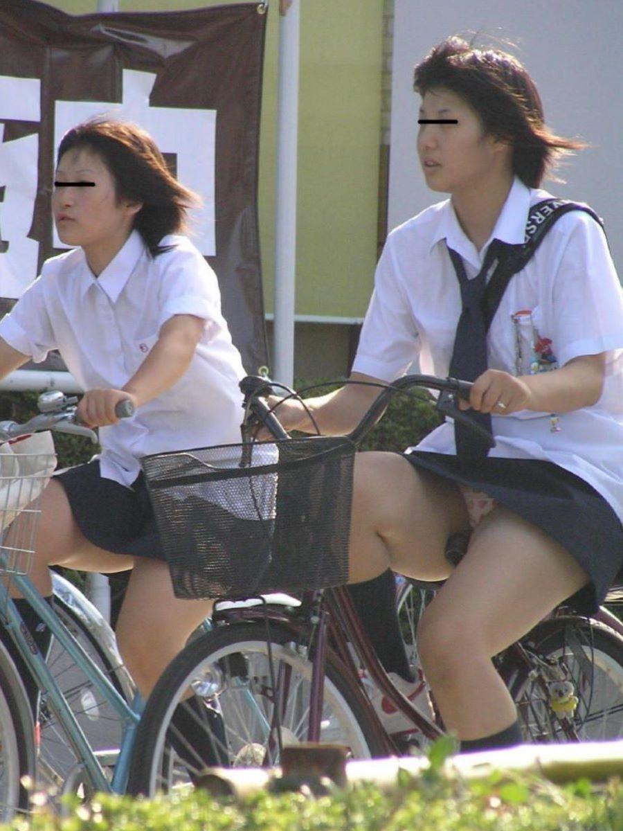 JK 自転車パンチラ画像 19