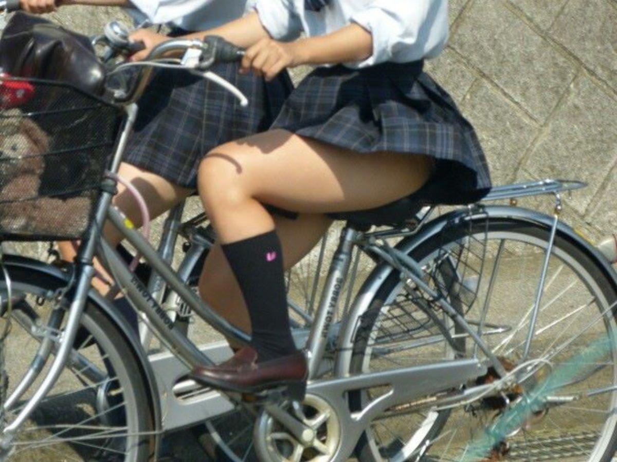 JK 自転車パンチラ画像 27