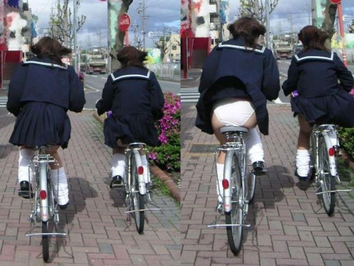 JK 自転車パンチラ画像 30