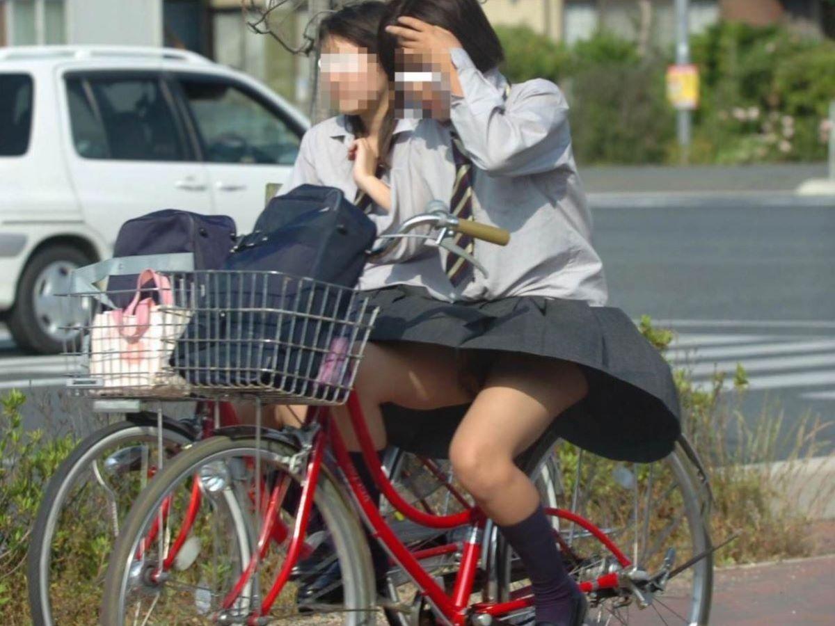 JK 自転車パンチラ画像 34
