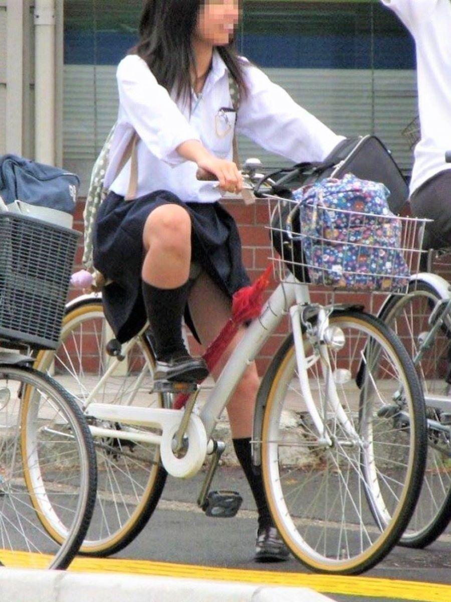 JK 自転車パンチラ画像 40