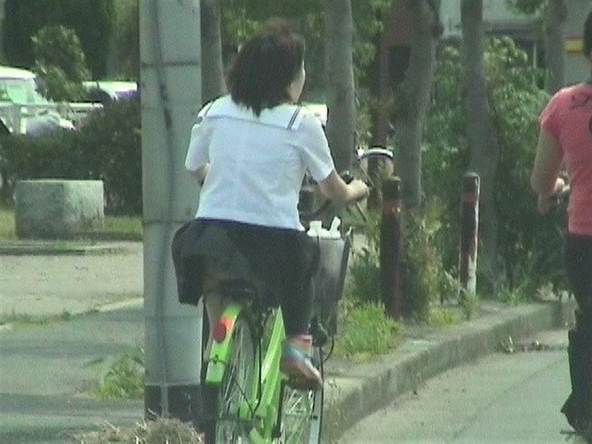 JK 自転車パンチラ画像 43