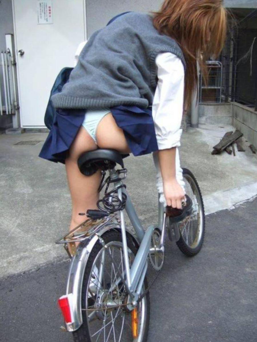 JK 自転車パンチラ画像 53