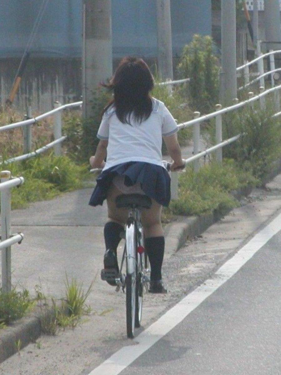 JK 自転車パンチラ画像 54