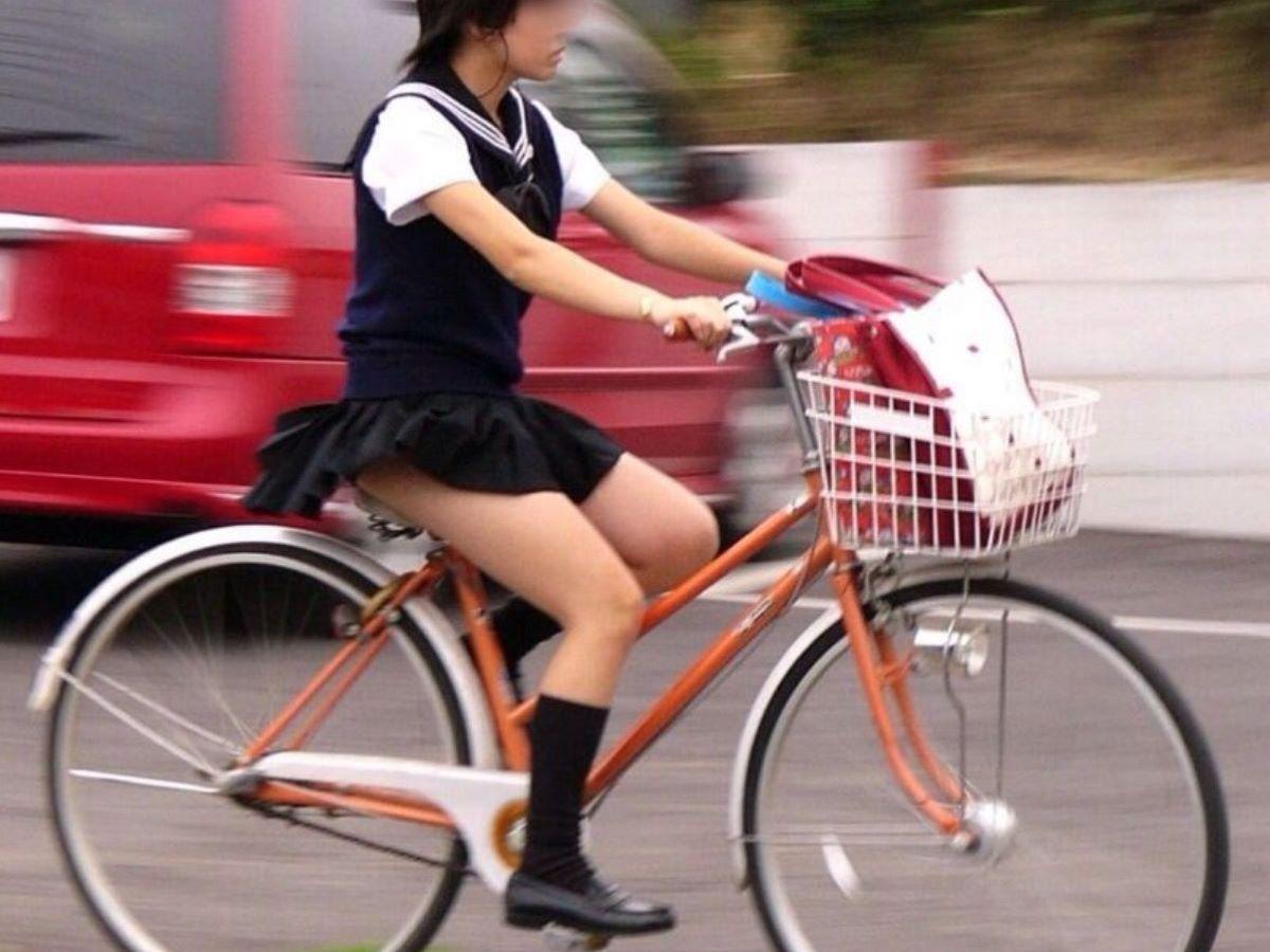 JK 自転車パンチラ画像 65