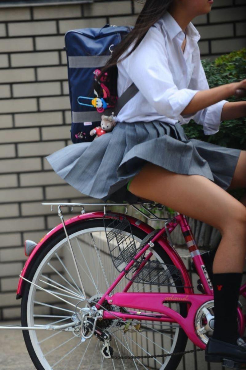 JK 自転車パンチラ画像 75
