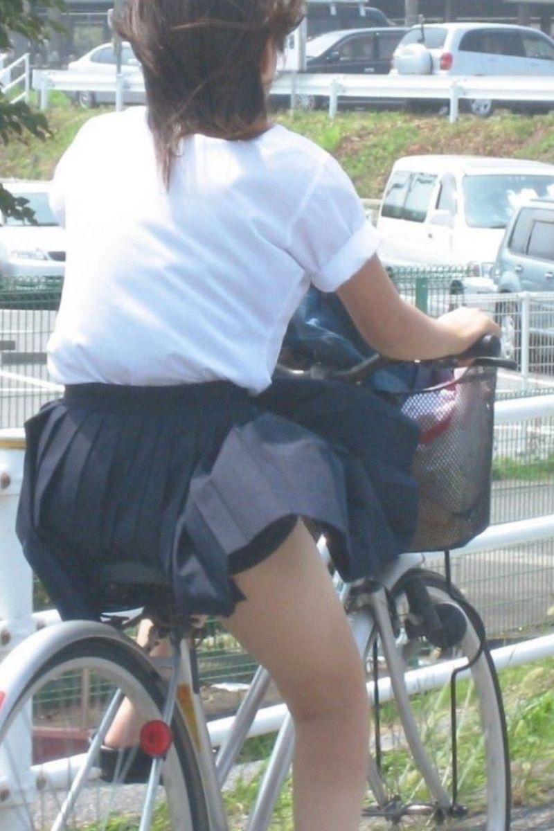 JK 自転車パンチラ画像 94