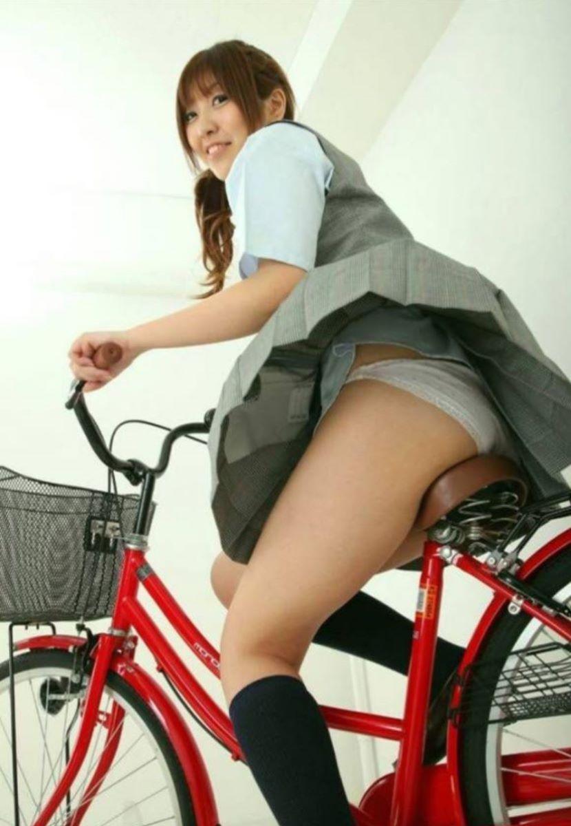 JK 自転車パンチラ画像 97
