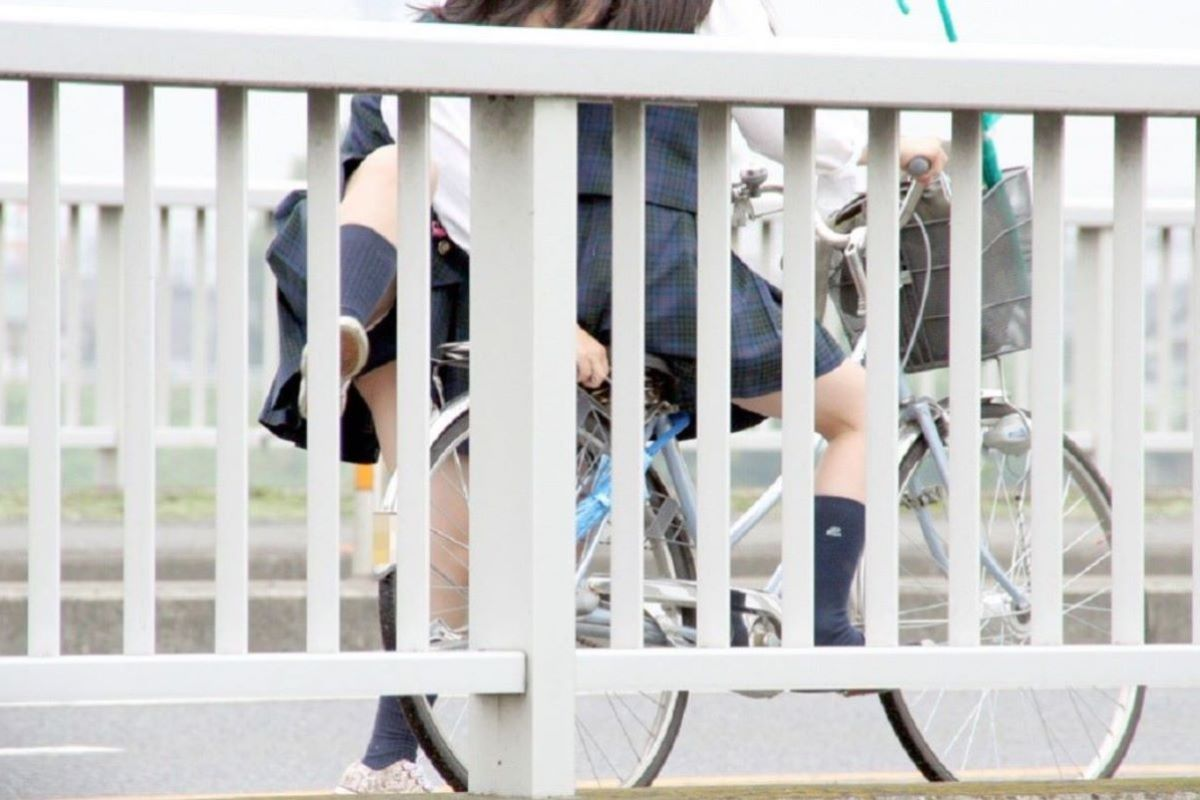 JK 自転車パンチラ画像 102