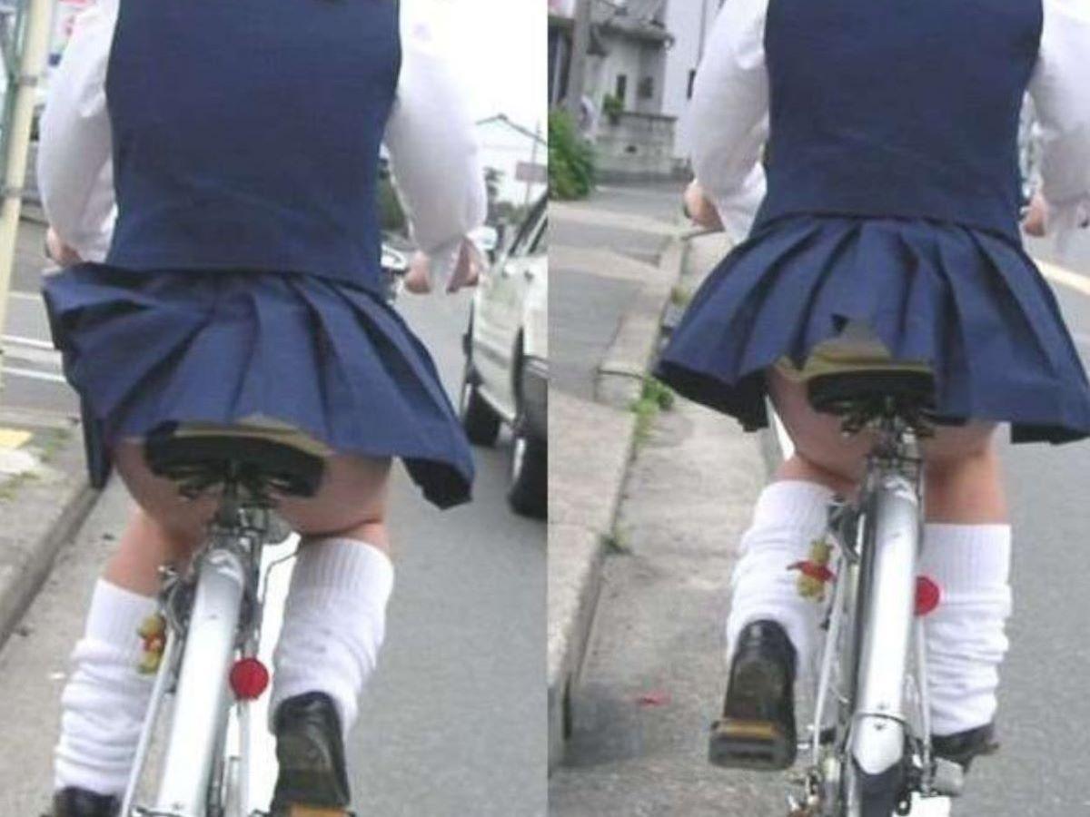 JK 自転車パンチラ画像 104