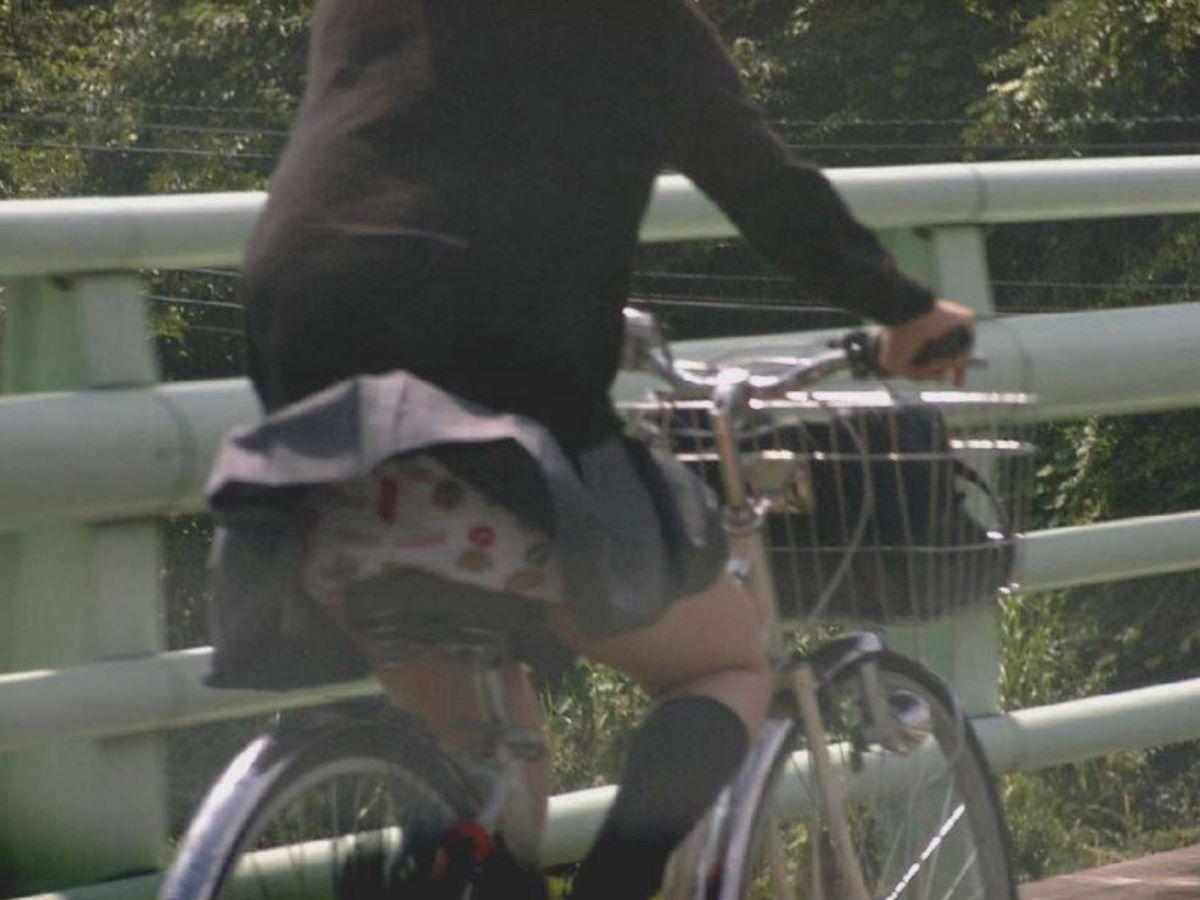 JK 自転車パンチラ画像 106