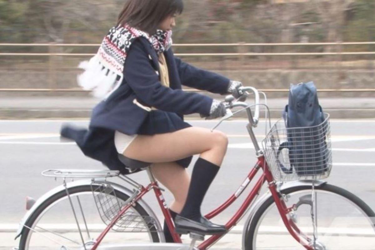 JK 自転車パンチラ画像 110