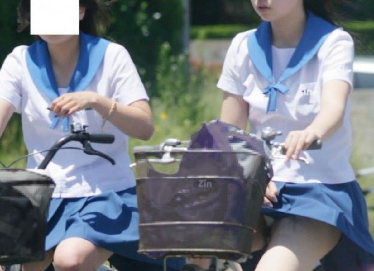 JK 自転車パンチラ画像 111