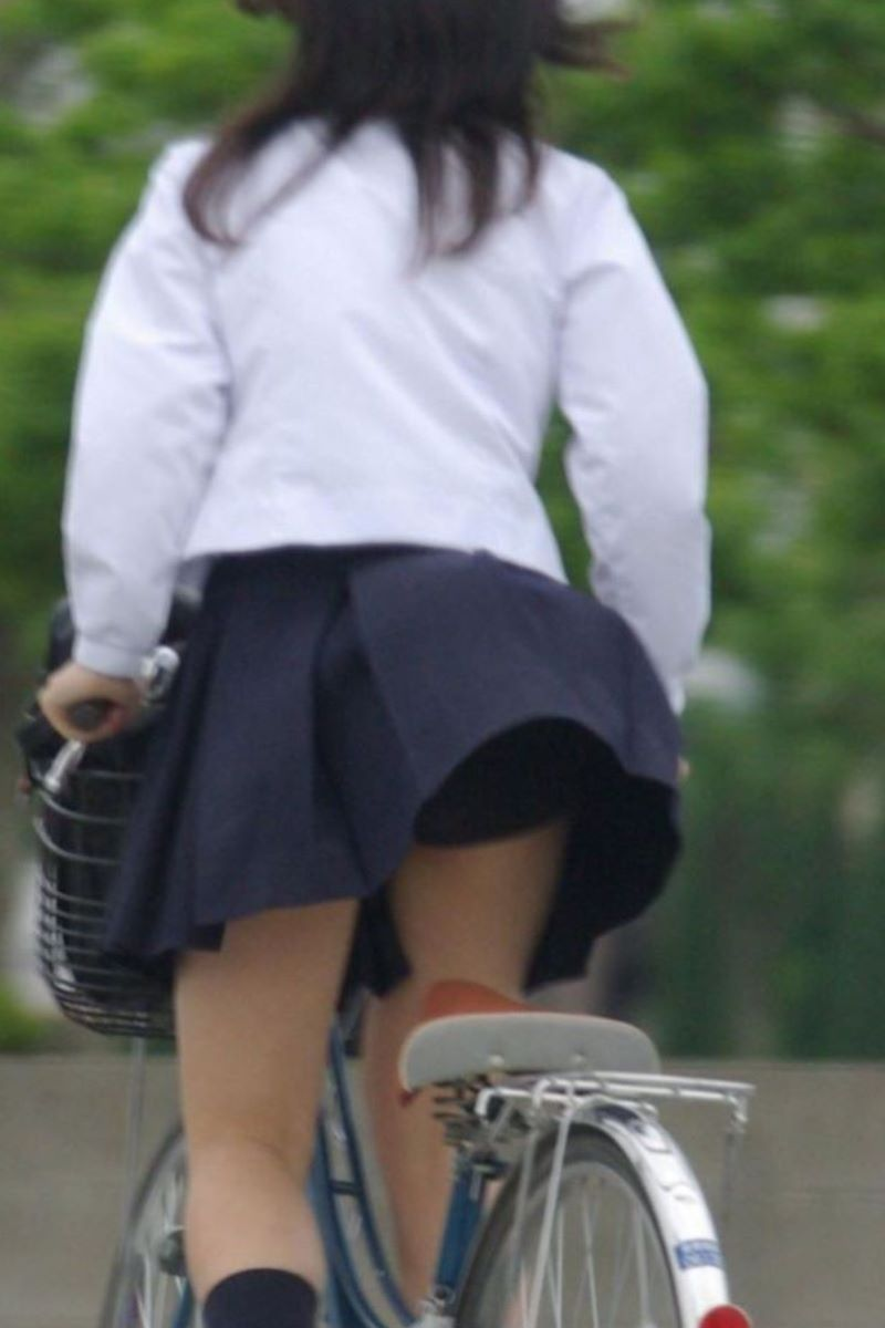 JK 自転車パンチラ画像 129