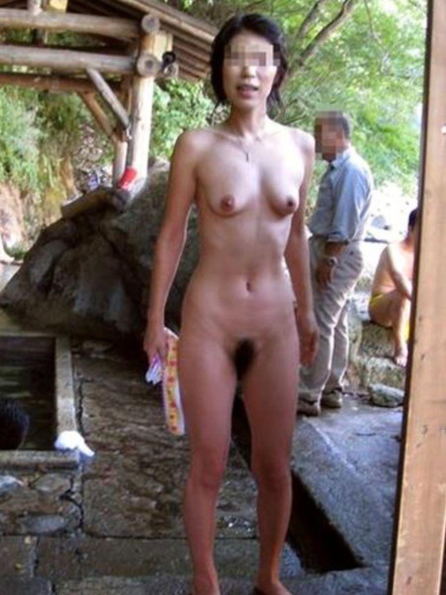温泉旅行 素人ヌード画像 46