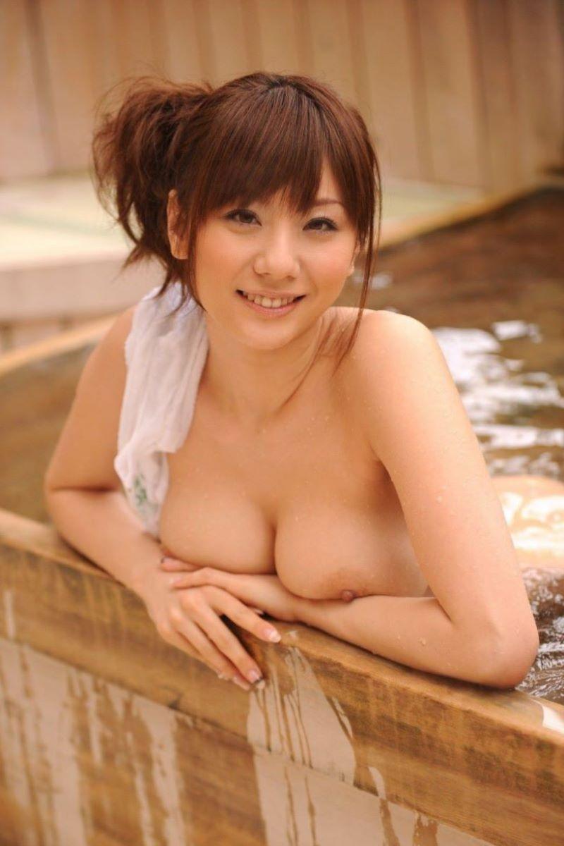 温泉 ヌード画像 107