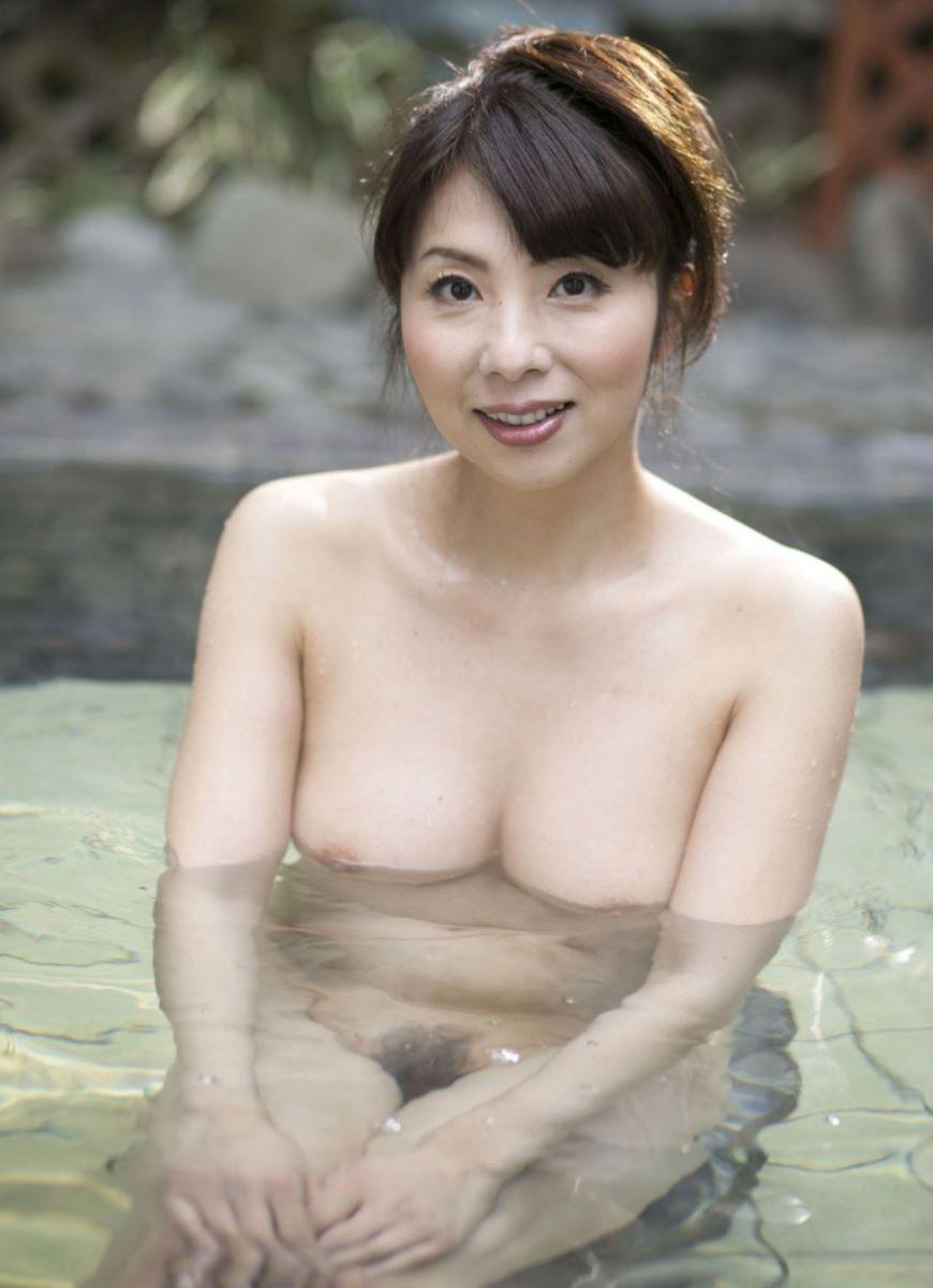 温泉 ヌード画像 136