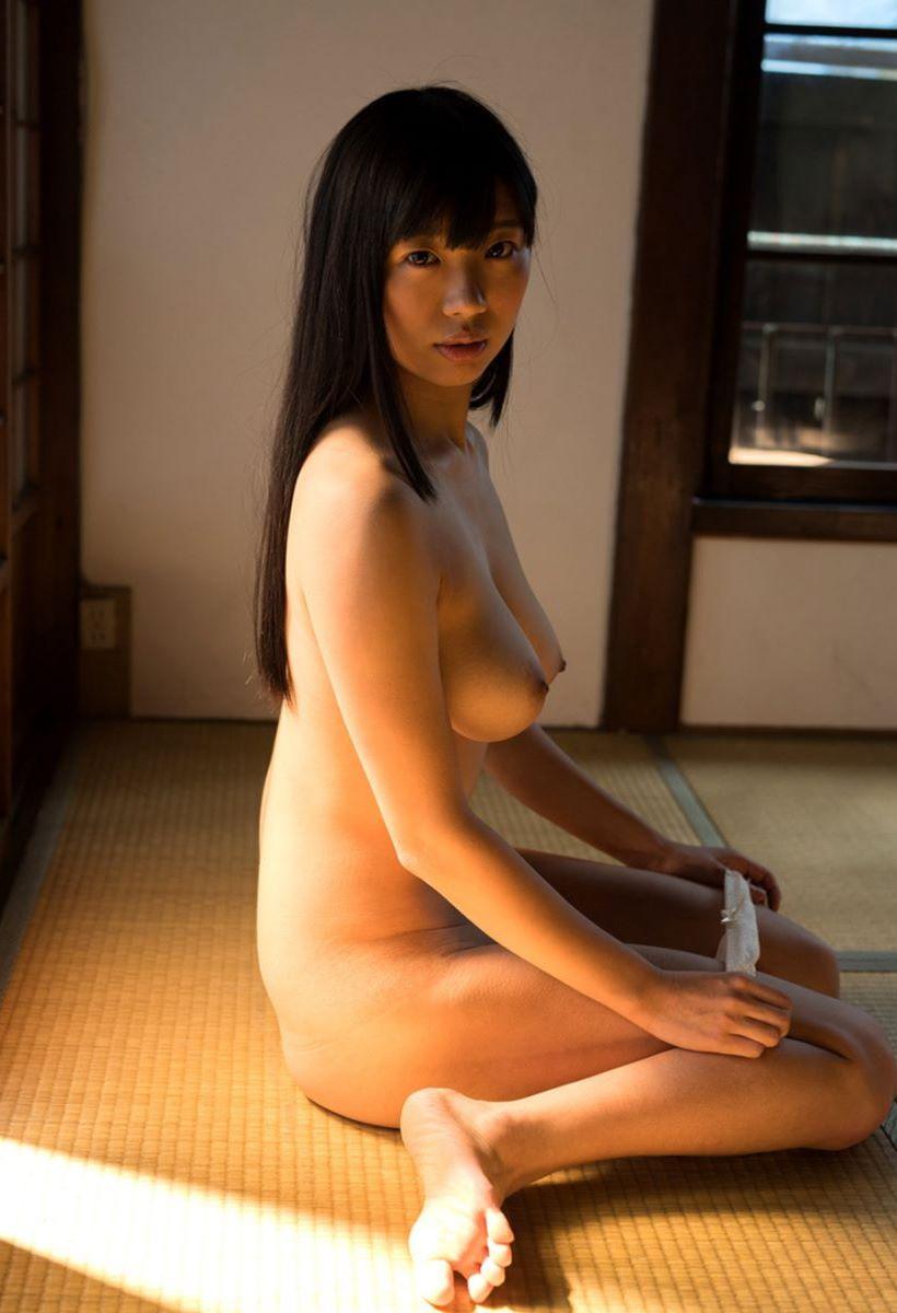 桐谷まつり ヌード画像 36