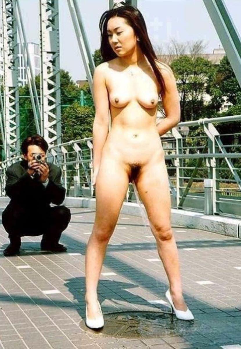 女 立ちション 画像 72