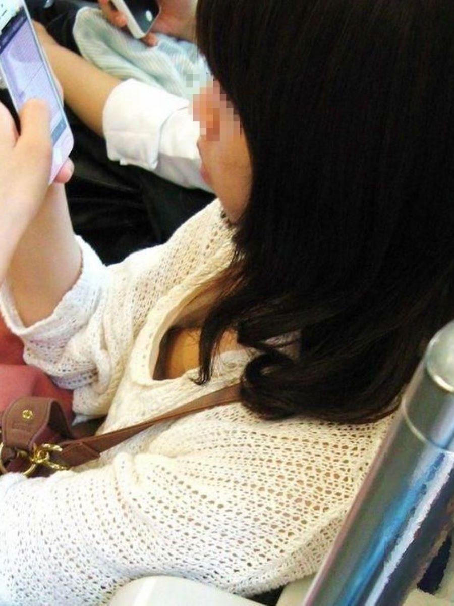 素人 乳首チラ 画像 12