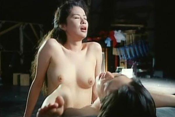 鈴木砂羽にビニ本ヌードや濡れ場セックスの過去…(※画像あり)