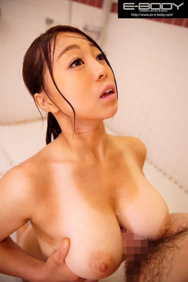 黒川美咲 巨乳ライフセーバーの中出しAVデビュー画像