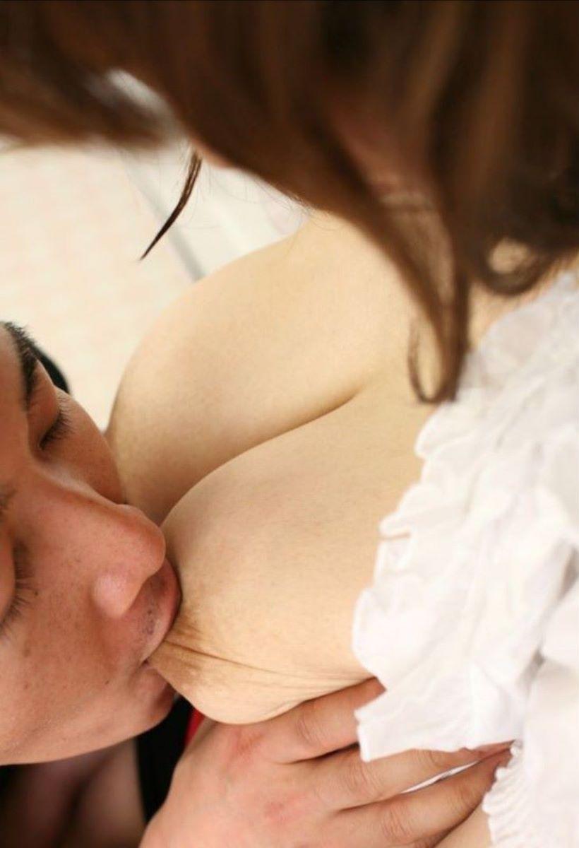 乳首 舐め 吸い 画像 167