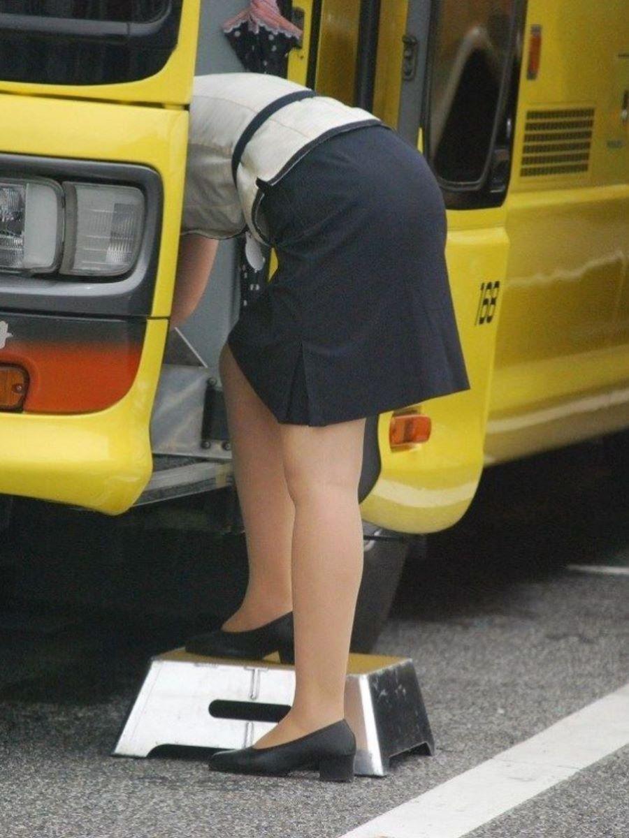 バスガイド画像!!観光バスの女性乗務員が130枚