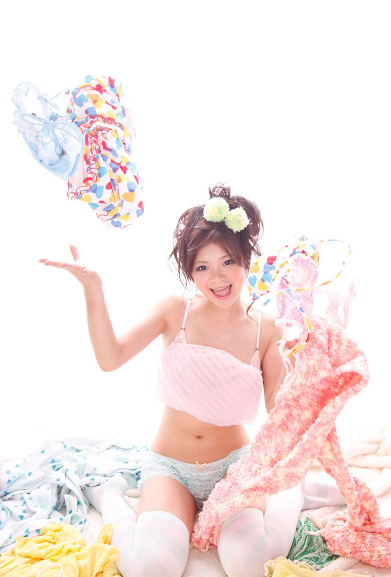 AV女優 鶴田かな エロ画像 29